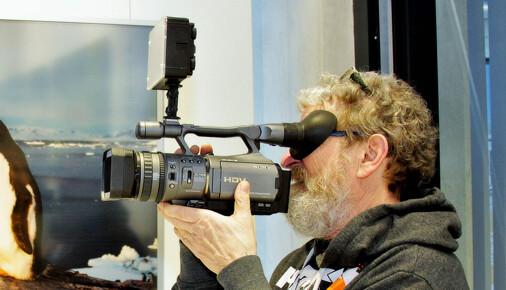 Fotoprst Olega Homoly: Obřízka očima žraloka